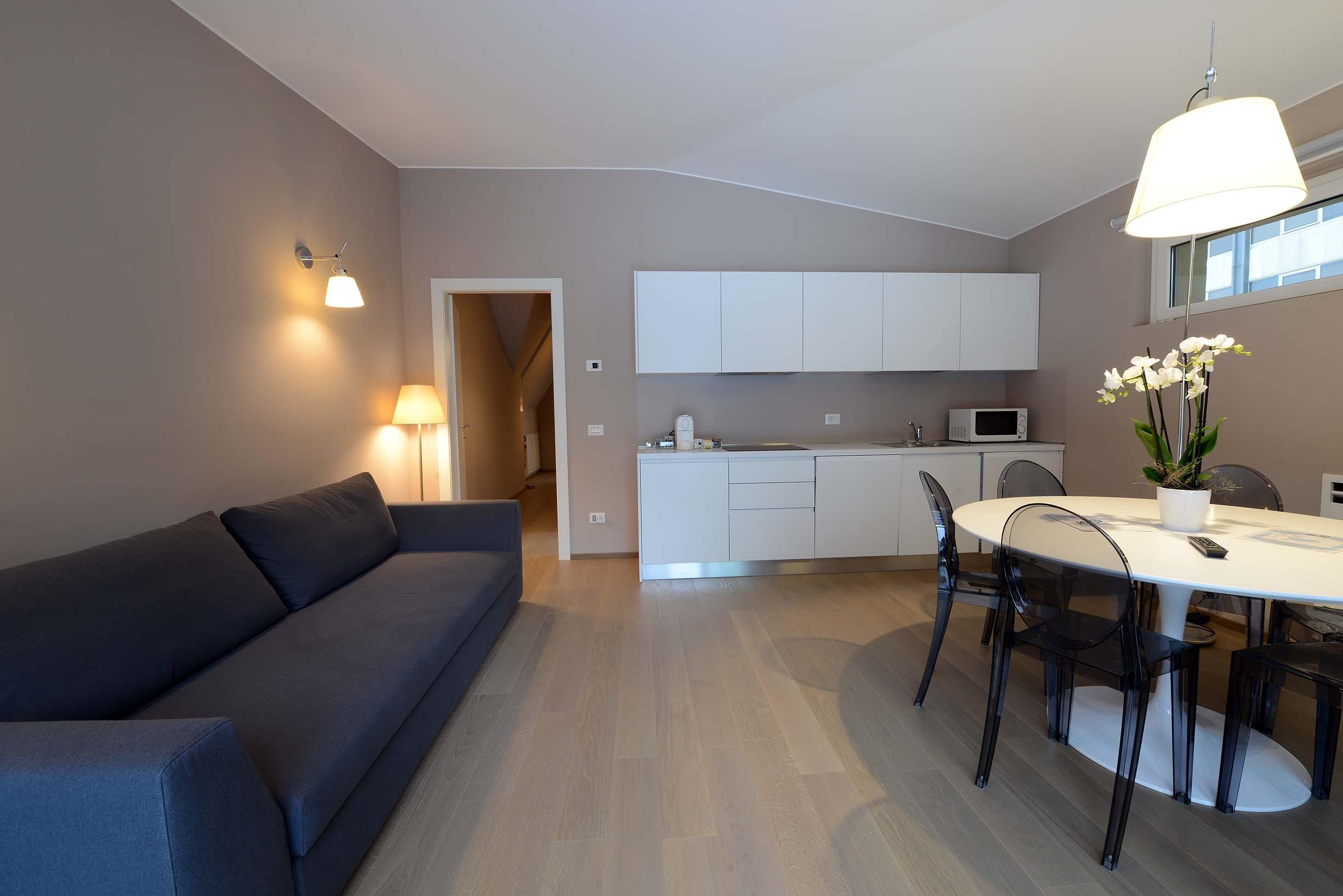 My place corso como milano attico interni for Corso design interni milano
