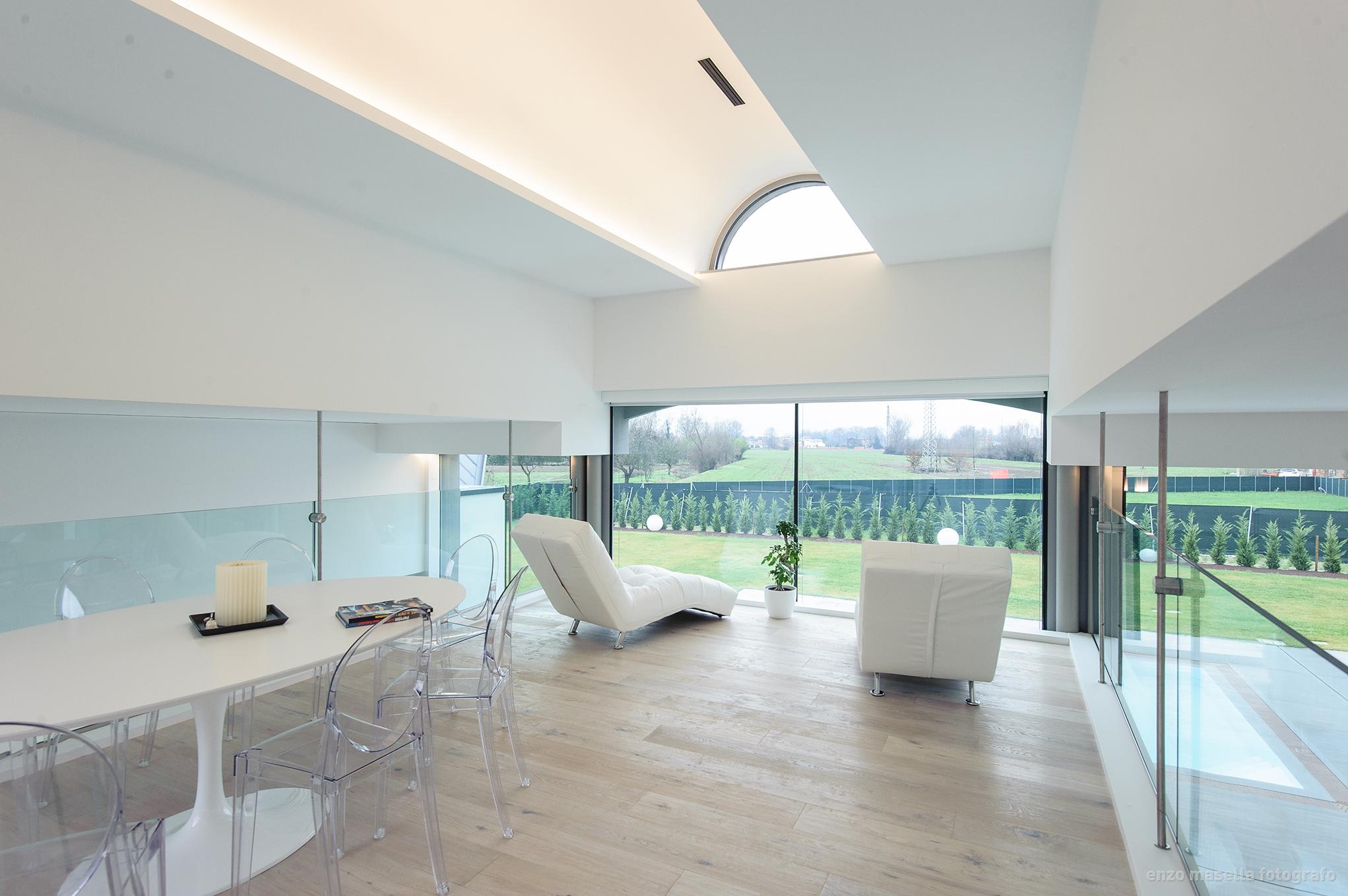 Recinzioni moderne in pannelli di ferro for Ville lusso moderne